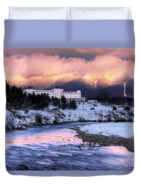 Alpenglow Over The Mount Washington Hotel Duvet Cover