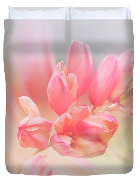 Duvet Cover featuring the photograph Always Find A Reason To Smile by Linda Lees