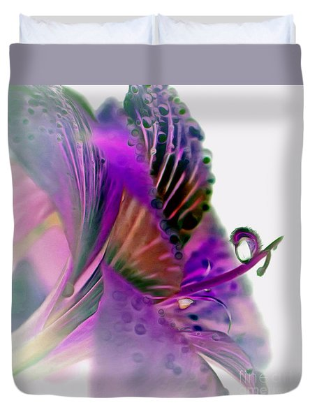 Amaryllis Butterfly II Duvet Cover
