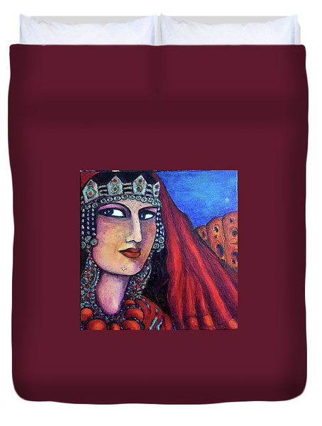 Duvet Cover featuring the painting Amazigh Beauty 1 by Rae Chichilnitsky