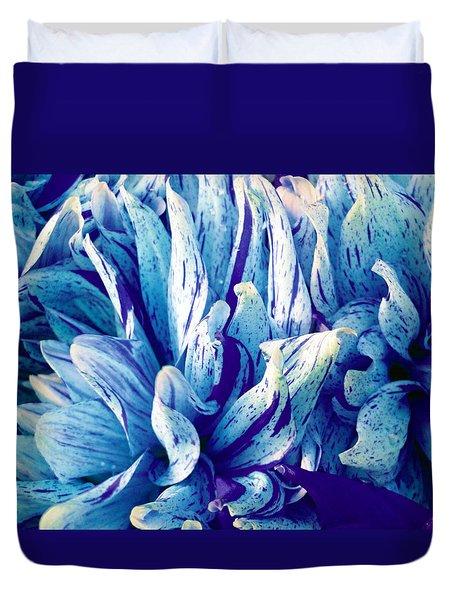 Amazing Dahlia Duvet Cover