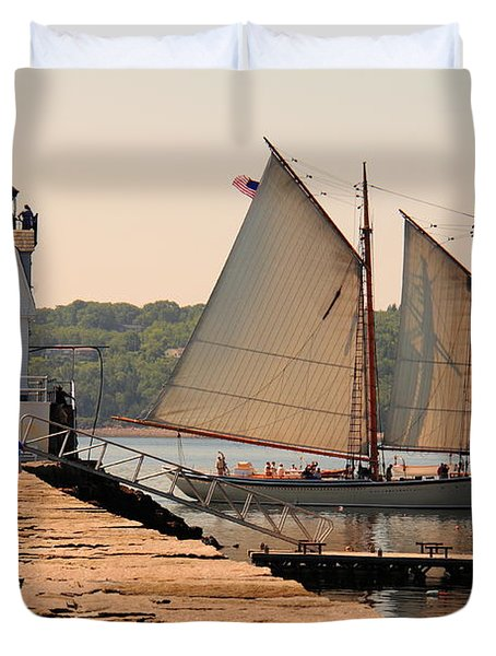 American Eagle At The Lighthouse Duvet Cover