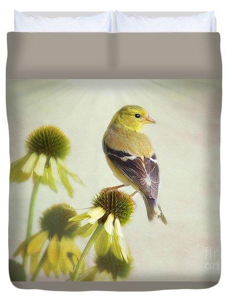 American Goldfinch On Coneflower Duvet Cover