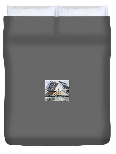 America's Tall Ship Duvet Cover