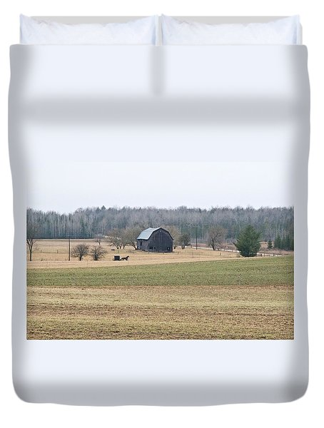 Duvet Cover featuring the photograph Amish Country 0754 by Michael Peychich
