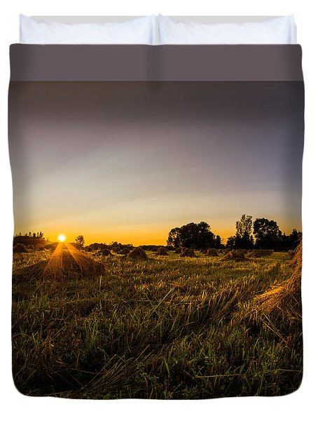 Duvet Cover featuring the photograph Amish Harvest by Chris Bordeleau