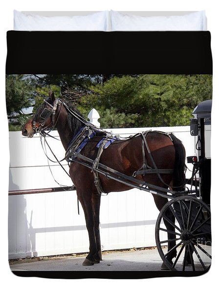 Amish Horse And Buggy In Lancaster County, Pennsylvania Duvet Cover