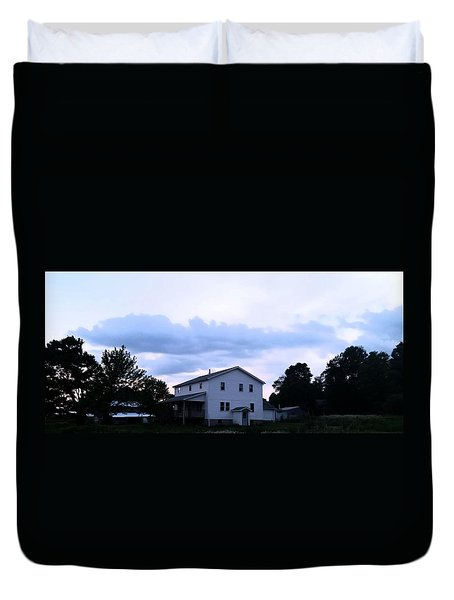 Amish House At  Sunset Duvet Cover