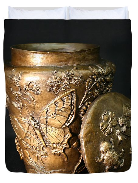 Duvet Cover featuring the sculpture Among The Sagebrush Vase With Lid by Dawn Senior-Trask