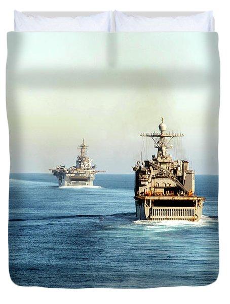 Amphibious Ships Participate In Exercise Dawn Blitz 2017 Duvet Cover