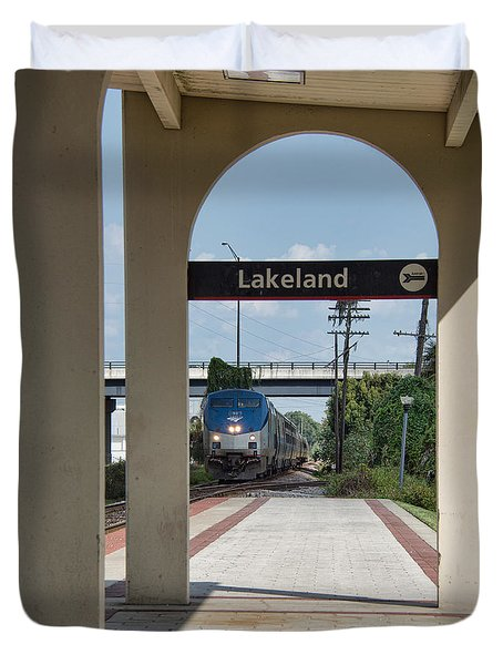 Duvet Cover featuring the photograph Amtrak P091 Westbound To Tampa Florida by John Black
