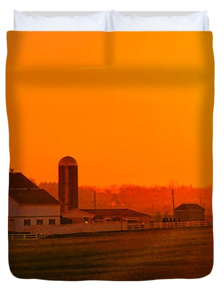 An Amish Sunset Duvet Cover