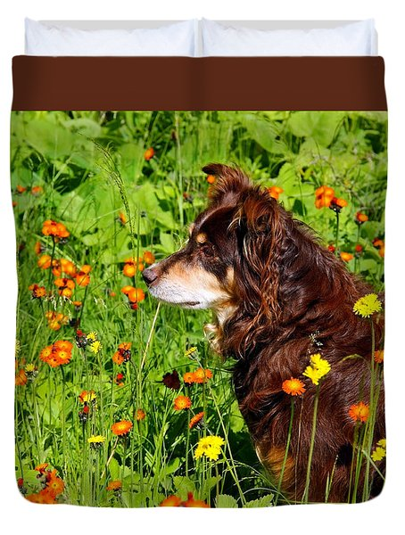 Duvet Cover featuring the photograph An Aussie's Thoughtful Moment by Debbie Oppermann