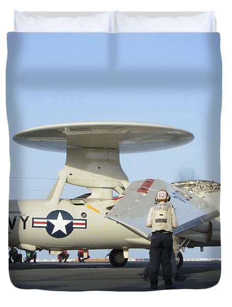 An E-2d Advanced Hawkeye Aboard Uss Duvet Cover