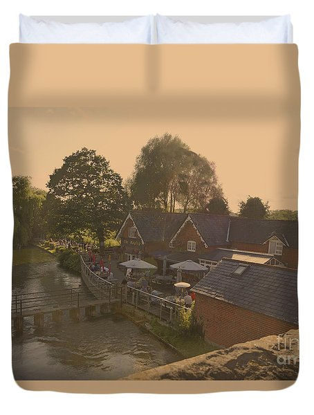 An English Public House Duvet Cover by Andrew Middleton
