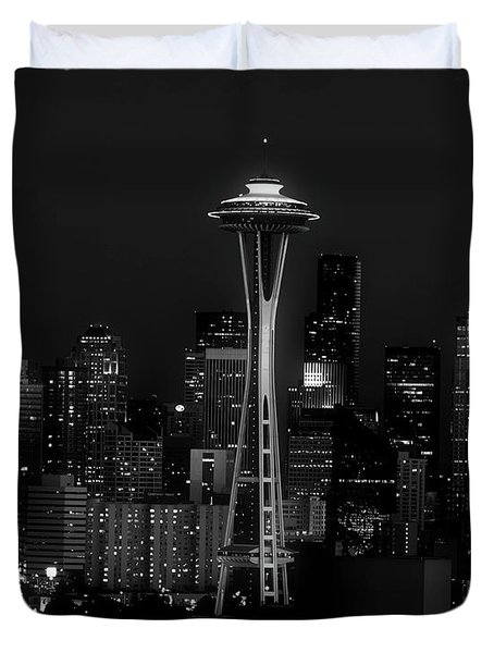 An Evening In Seattle Duvet Cover by L O C