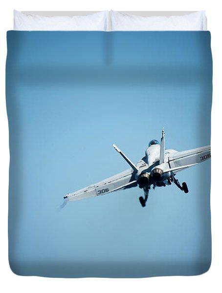 An F/a 18e Super Hornet Takes Off From Uss Carl Vinson.     Duvet Cover