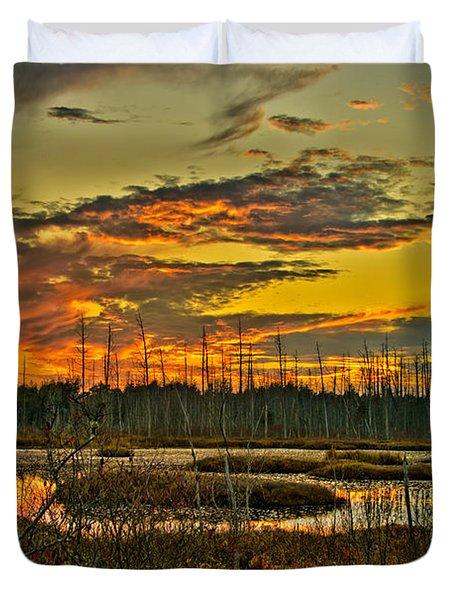An November Sunset In The Pines Duvet Cover