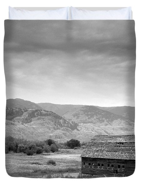 An Old Barn Duvet Cover by Mark Alan Perry