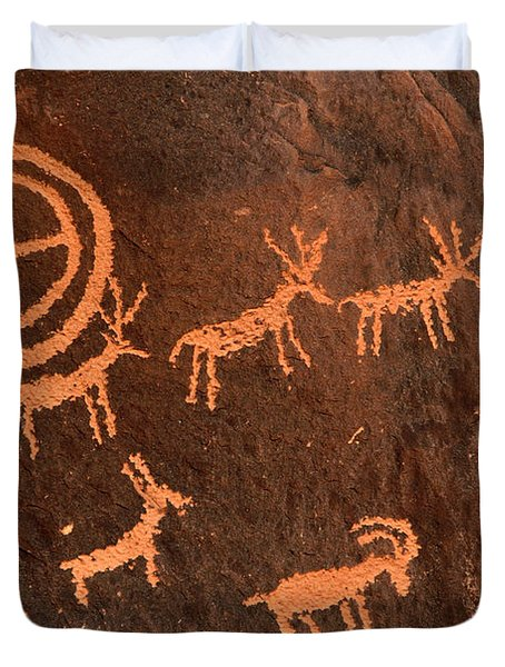 Ancient Indian Petroglyphs Duvet Cover by Gary Whitton