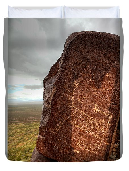Ancient Petroglyph At Three Rivers Petroglyph Site Duvet Cover