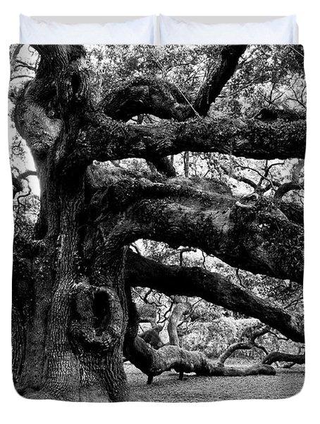 Angel Oak Tree 2009 Black And White Duvet Cover
