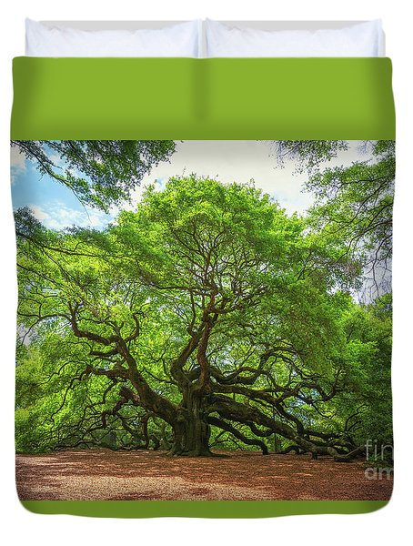 Angel Oak Tree In South Carolina  Duvet Cover