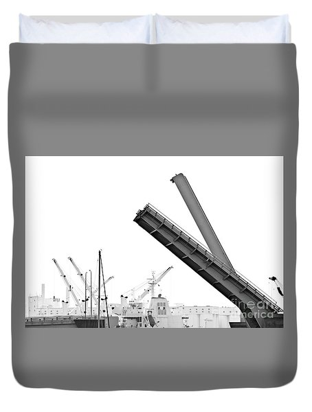 Duvet Cover featuring the photograph Angle Of Approach by Stephen Mitchell