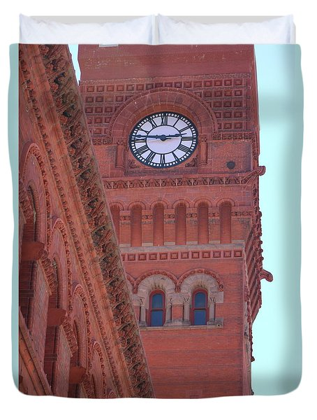 Angled View Of Clocktower At Dearborn Station Chicago Duvet Cover