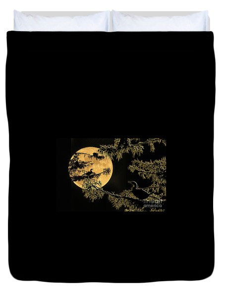 Duvet Cover featuring the photograph Anhingas In Full Moon by Bonnie Barry