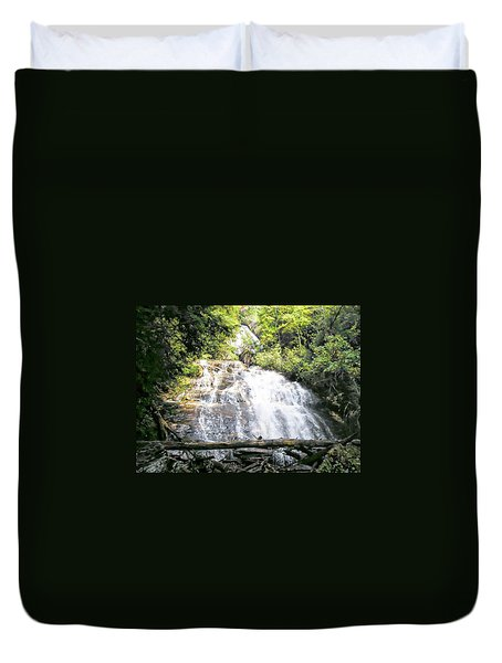 Duvet Cover featuring the photograph Anna Ruby Falls by Jerry Battle
