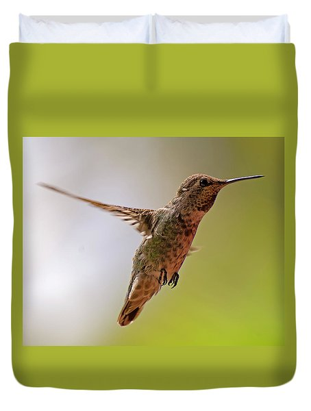Duvet Cover featuring the photograph Anna's Hummingbird H24 by Mark Myhaver