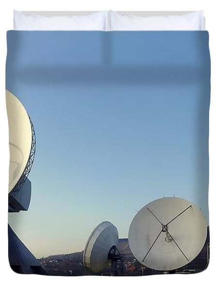 Antenna Array 2 Of The Earth Station  Duvet Cover