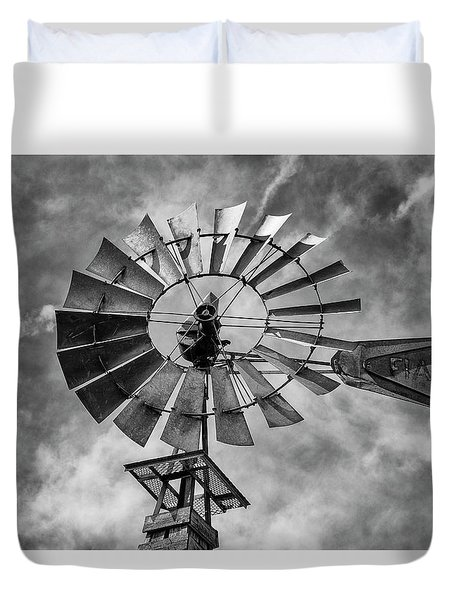 Duvet Cover featuring the photograph Anticipation by Stephen Stookey