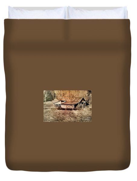 Antique Log Beam Barn Southern Indiana Duvet Cover