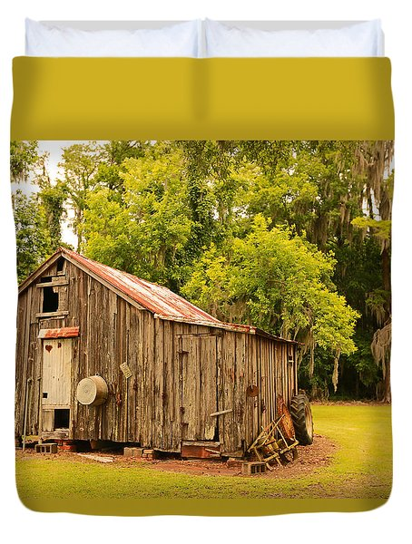 Antique Shed Duvet Cover by Ronald Olivier