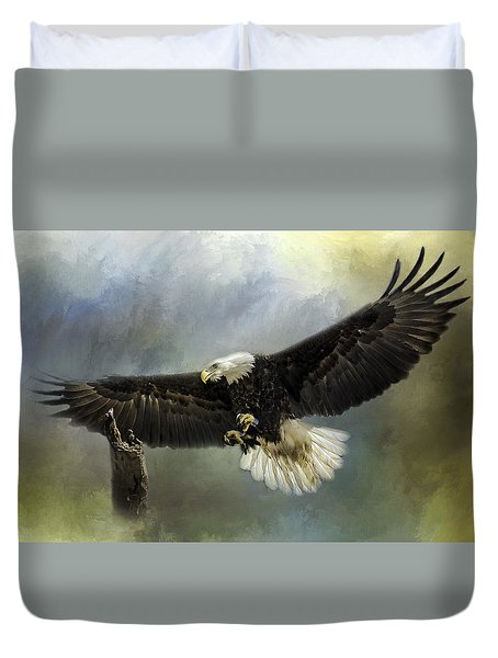 Approaching His Perch Duvet Cover by Eleanor Abramson