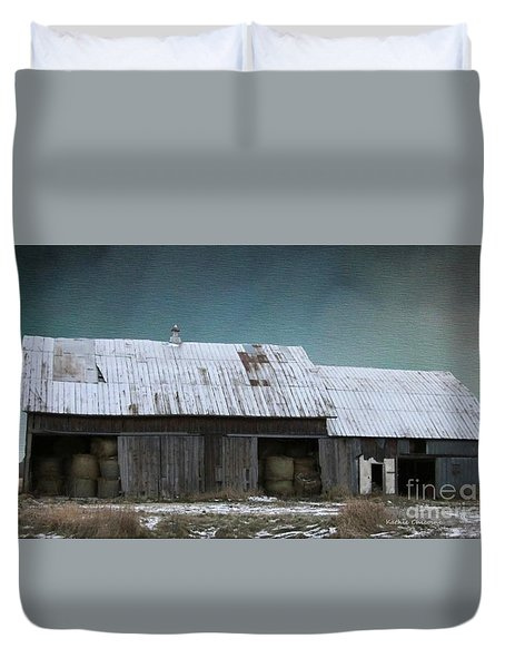 Approaching Storm Duvet Cover by Kathie Chicoine