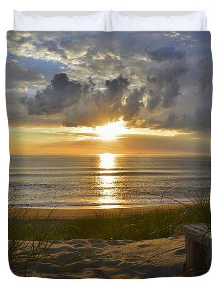 April Sunrise In Nags Head Duvet Cover