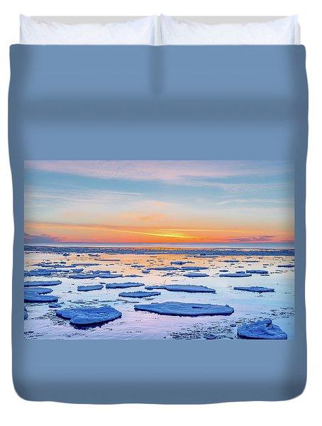 April Sunset Over Lake Superior Duvet Cover