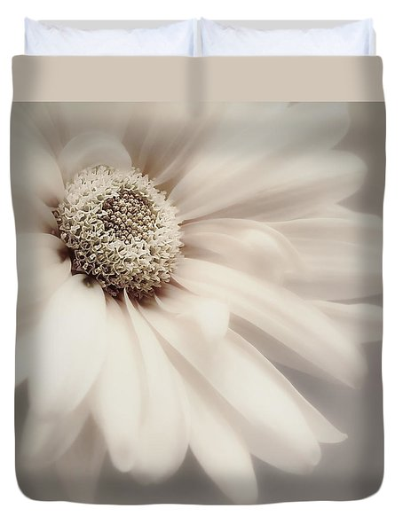 Duvet Cover featuring the photograph Arabesque In Champagne by Darlene Kwiatkowski