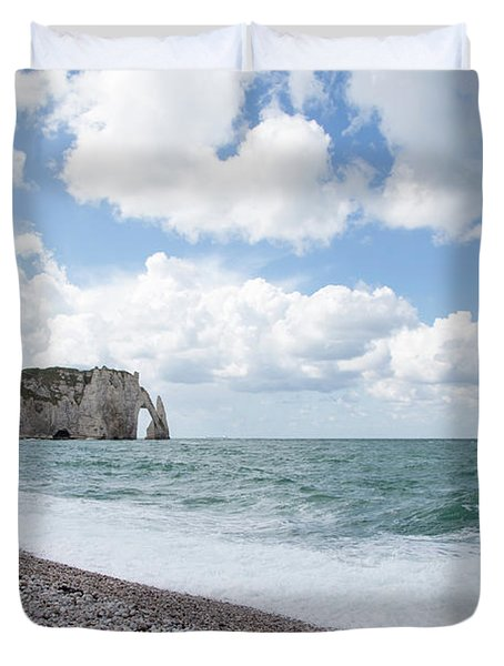 Arch At Etretat Beach, Normandie Duvet Cover