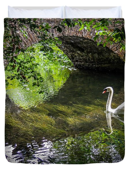 Arched Bridge And Swan At Doneraile Park Duvet Cover