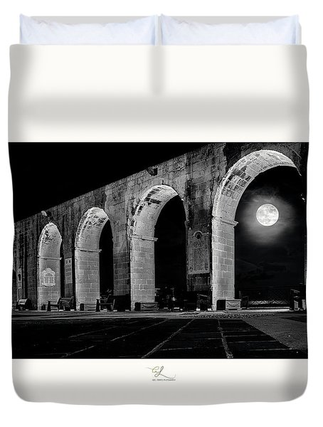 Arched Moon Duvet Cover