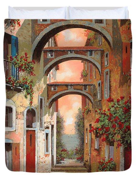 Archetti In Rosso Duvet Cover