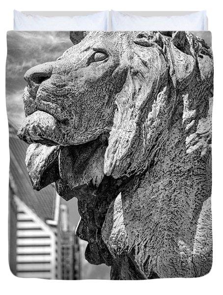 Art Institute In Chicago Lion Black And White Duvet Cover