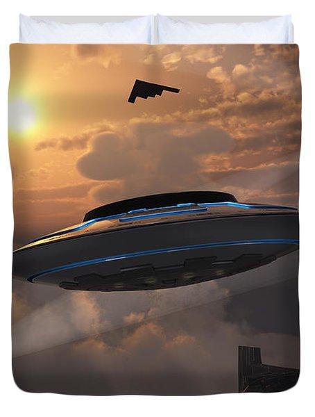 Artists Concept Of Alien Stealth Duvet Cover by Mark Stevenson