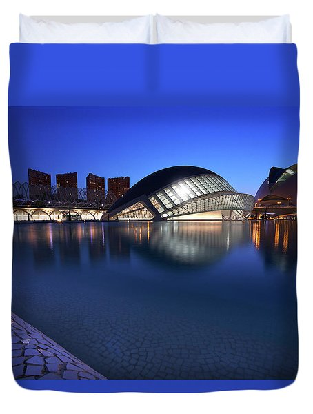 Duvet Cover featuring the photograph Arts And Science Museum Valencia by Graham Hawcroft pixsellpix