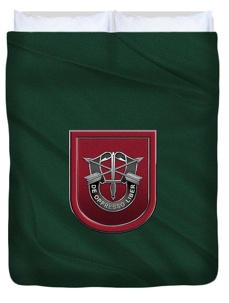 U. S.  Army 7th Special Forces Group - 7 S F G  Beret Flash Over Green Beret Felt Duvet Cover