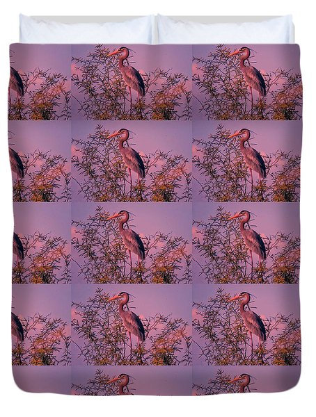 Great Blue Heron - Artistic 6 Duvet Cover